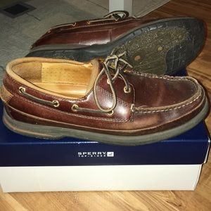 Sperry Gold Cup boat shoes with gold eyelets